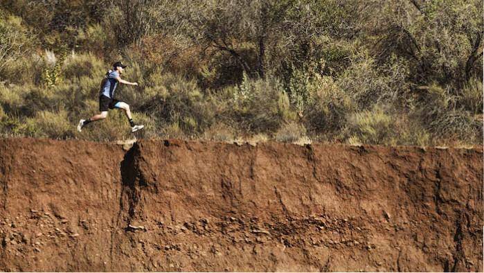VP1 Cliffs edge G+-700x400